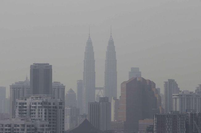Protection from the effects of haze